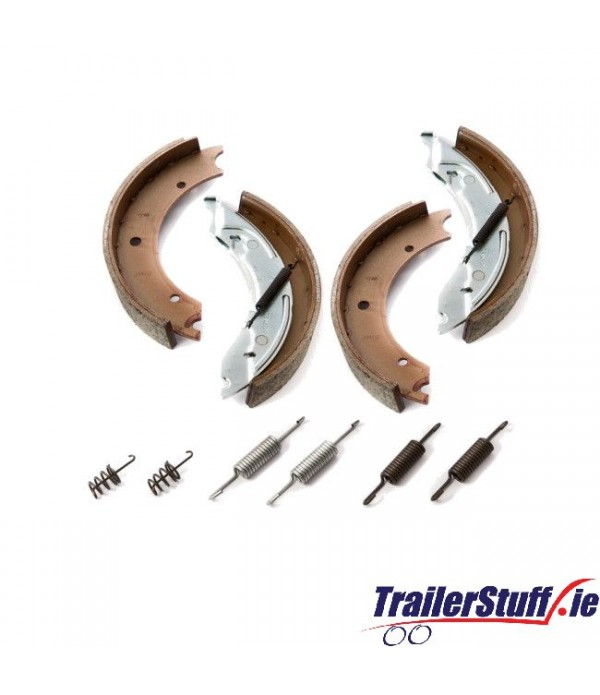 Genuine Knott 250x40 brake shoe axle kit