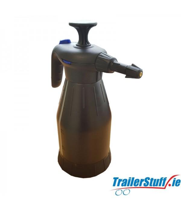 Nielsen Pump Action Spray Bottle 1.5L
