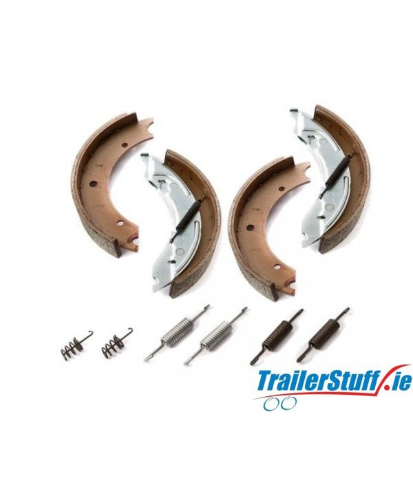 Genuine Knott 250x40 brake shoe axle kit