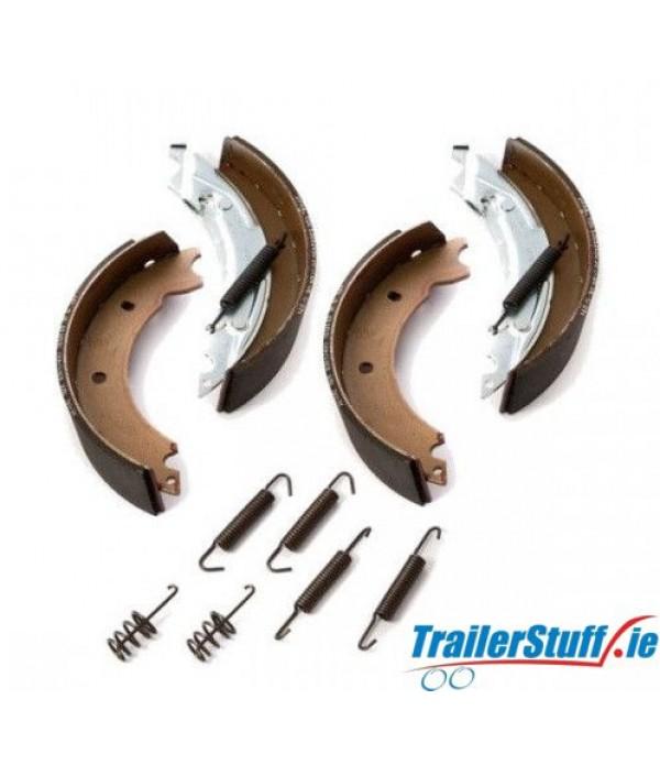 Genuine Knott 200x50 brake shoe service kit