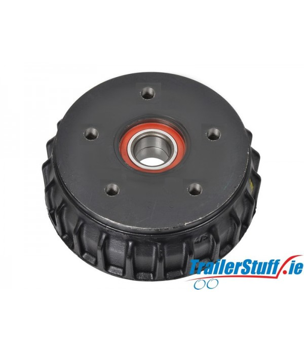 ALKO 1637 Brake Drum with Sealed Bearing